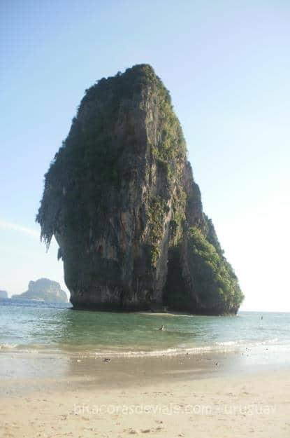 Phra_Nang_Cave_Railay_Ao_Nang_Krabi_Tailandia_4