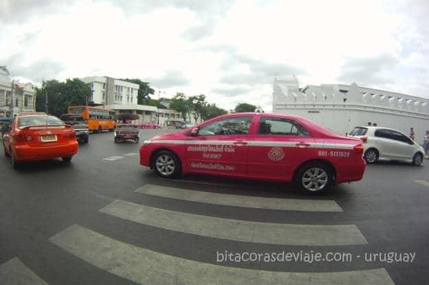Taxi_Rosado_Bangkok_Tailandia