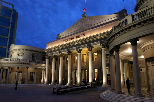 Teatro_Solis_Montevideo_Uruguay