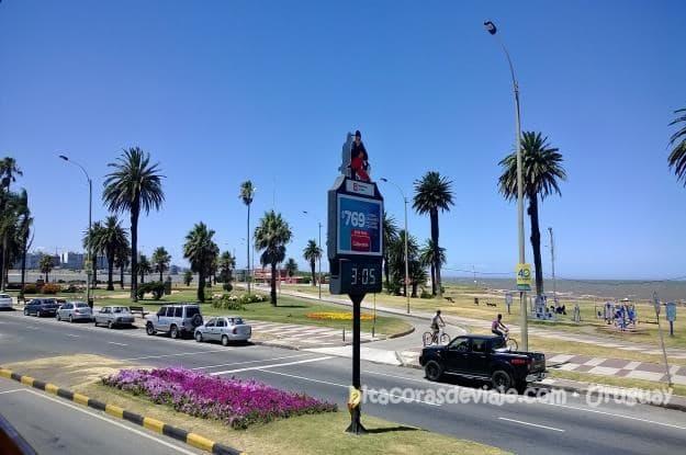 Rambla_Punta_Carretas_Montevideo_Uruguay