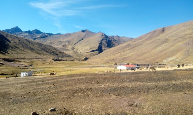 comunidad donde comienza el sendero a la montaña arcoíris