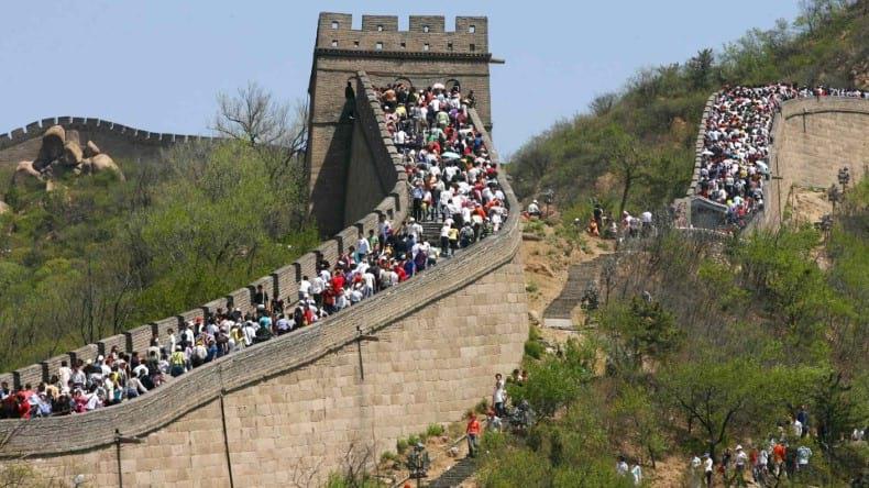 Turismo masivo en la Muralla China